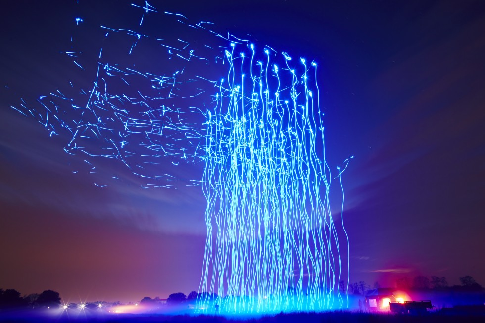 intel-drone-100-light-show-980x653